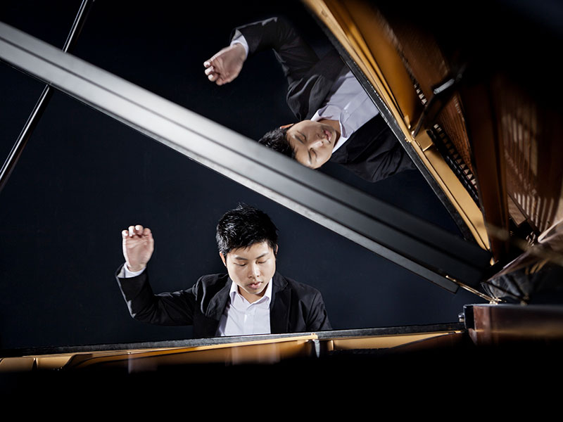 Prairie Debut presents pianist Avan Yu in a classical concert tour across Western Canada.