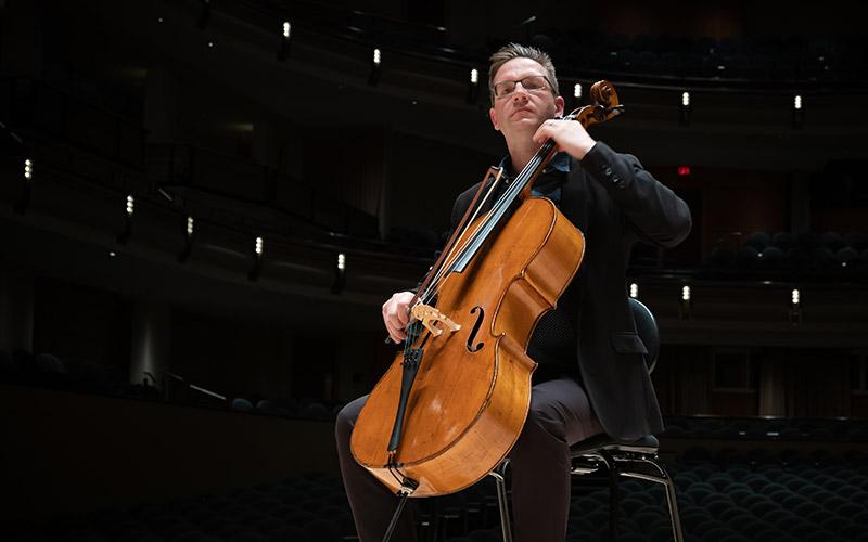 Rafael Hoekman, cello